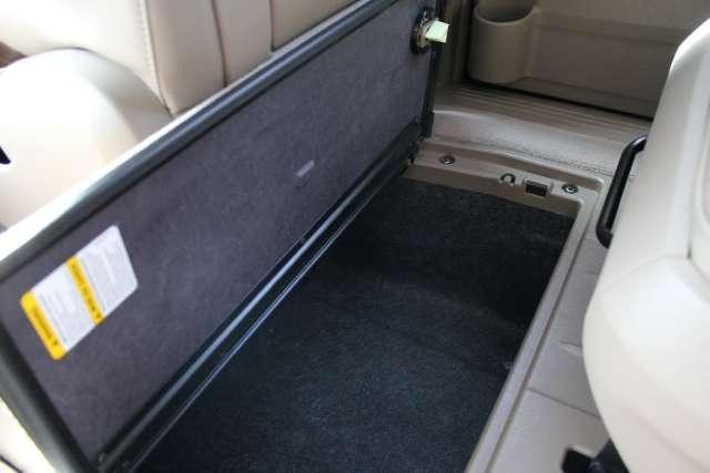 Image 26 of 2011 Volkswagen Routan…