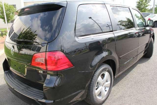Image 32 of 2011 Volkswagen Routan…