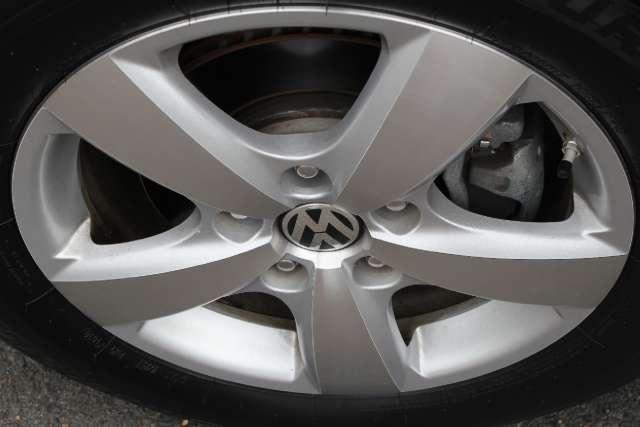 Image 4 of 2010 Volkswagen Routan…
