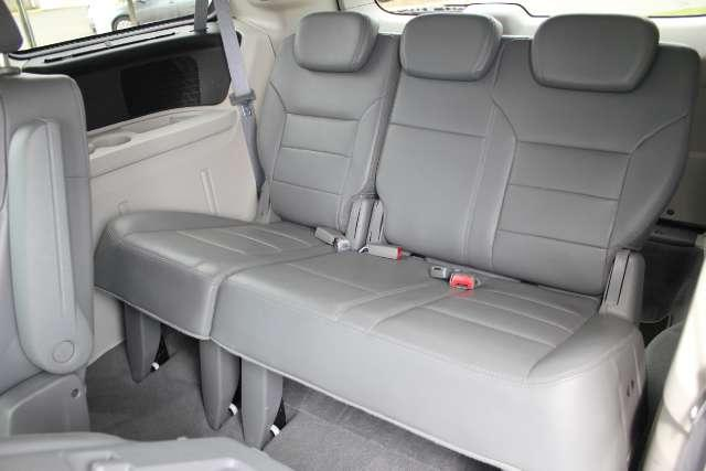 Image 19 of 2010 Volkswagen Routan…