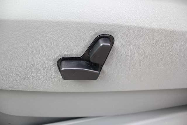 Image 27 of 2010 Volkswagen Routan…