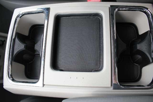 Image 39 of 2010 Volkswagen Routan…