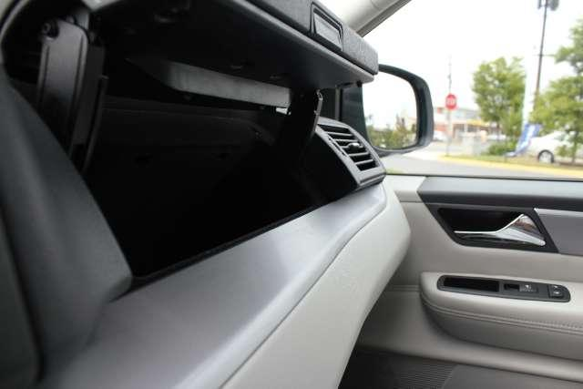Image 41 of 2010 Volkswagen Routan…