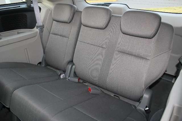 Image 8 of 2009 Volkswagen Routan…