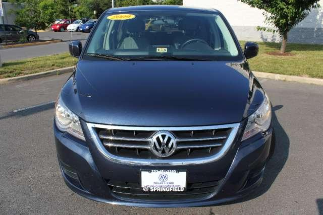 Image 12 of 2009 Volkswagen Routan…