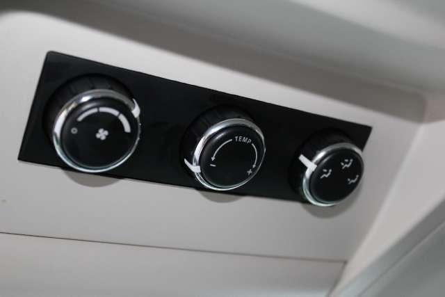 Image 15 of 2009 Volkswagen Routan…
