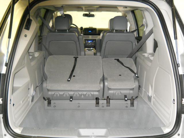 Image 2 of 2009 Volkswagen Routan…