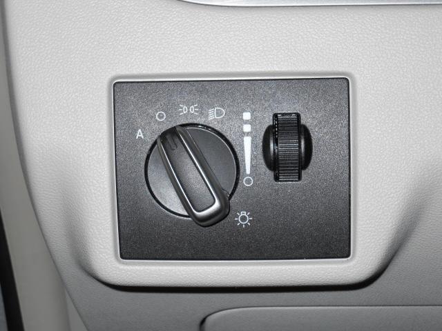 Image 7 of 2009 Volkswagen Routan…