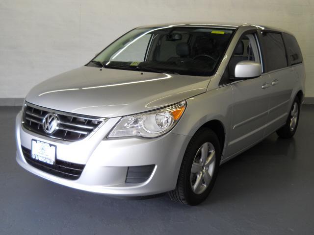 Image 16 of 2009 Volkswagen Routan…