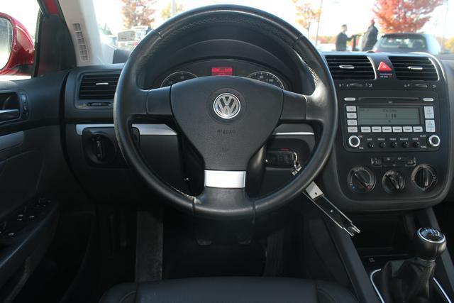 Image 35 of 2009 Volkswagen Jetta…