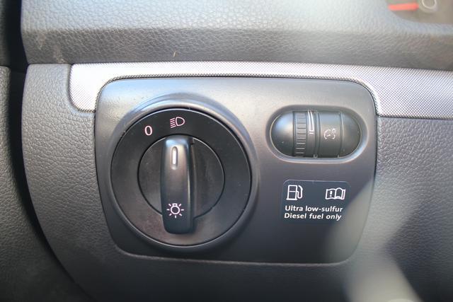 Image 40 of 2009 Volkswagen Jetta…
