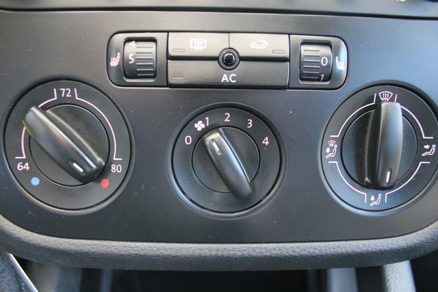 Image 44 of 2009 Volkswagen Jetta…