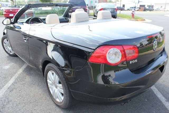 Image 3 of 2008 Volkswagen Eos…