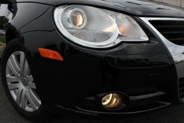 Image 9 of 2008 Volkswagen Eos…