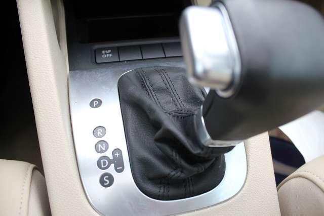 Image 15 of 2008 Volkswagen Eos…