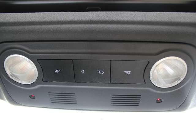 Image 21 of 2008 Volkswagen Eos…