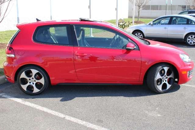 Image 9 of 2011 Volkswagen GTI…