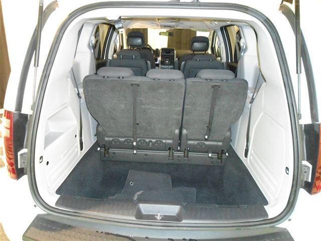Image 4 of 2010 Dodge Grand Caravan…