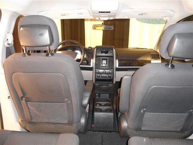 Image 13 of 2010 Dodge Grand Caravan…