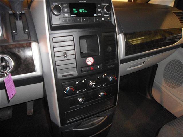 Image 19 of 2010 Dodge Grand Caravan…
