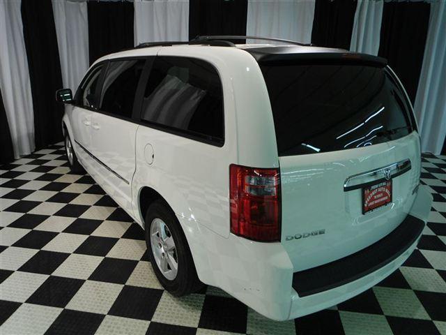 Image 29 of 2010 Dodge Grand Caravan…