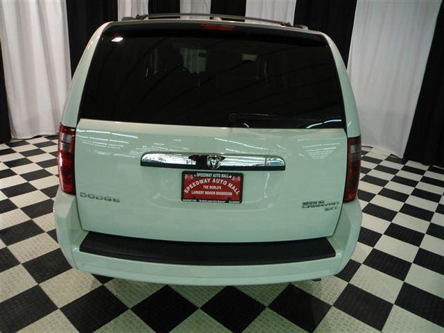 Image 30 of 2010 Dodge Grand Caravan…