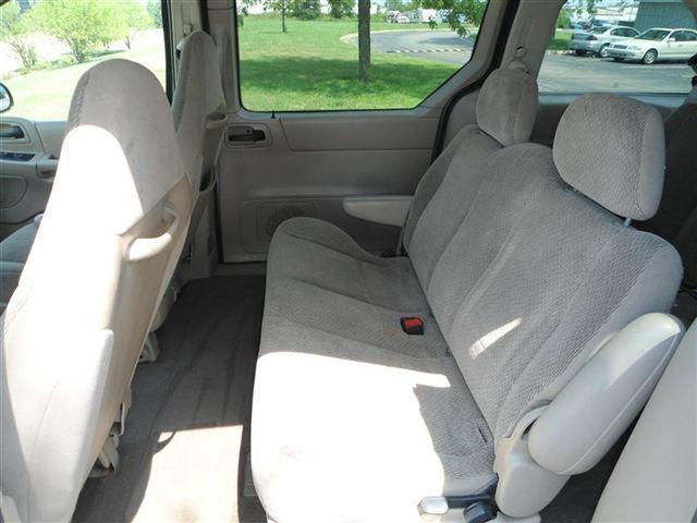 Image 4 of 2001 Ford Windstar 4dr…