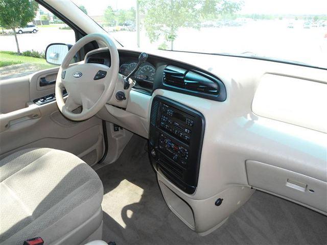 Image 14 of 2001 Ford Windstar 4dr…