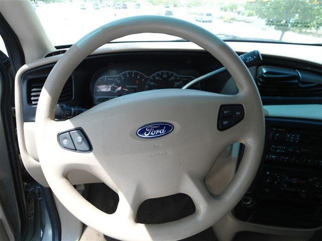 Image 18 of 2001 Ford Windstar 4dr…