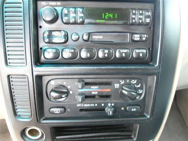 Image 21 of 2001 Ford Windstar 4dr…