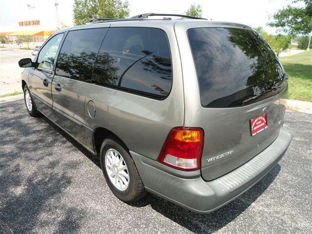 Image 28 of 2001 Ford Windstar 4dr…