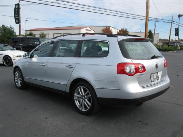 Image 12 of 2008 Volkswagen Passat…