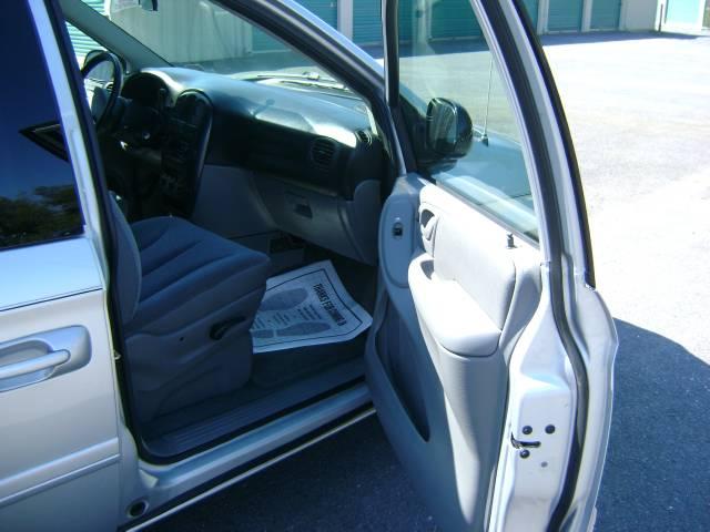 Image 10 of 2006 Dodge Grand Caravan…