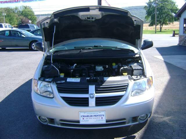 Image 23 of 2006 Dodge Grand Caravan…