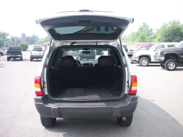 Image 26 of 2003 Jeep Grand Cherokee…