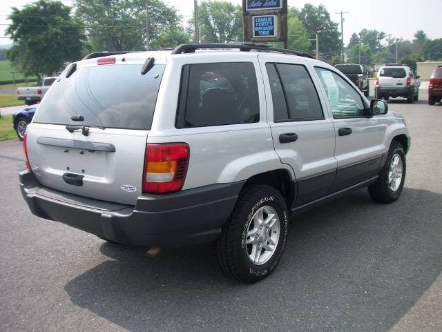 Image 28 of 2003 Jeep Grand Cherokee…