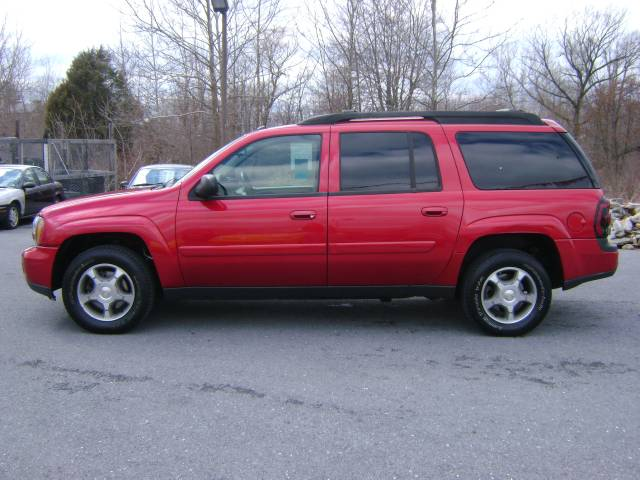 Image 8 of 2005 Chevrolet TrailBlazer…