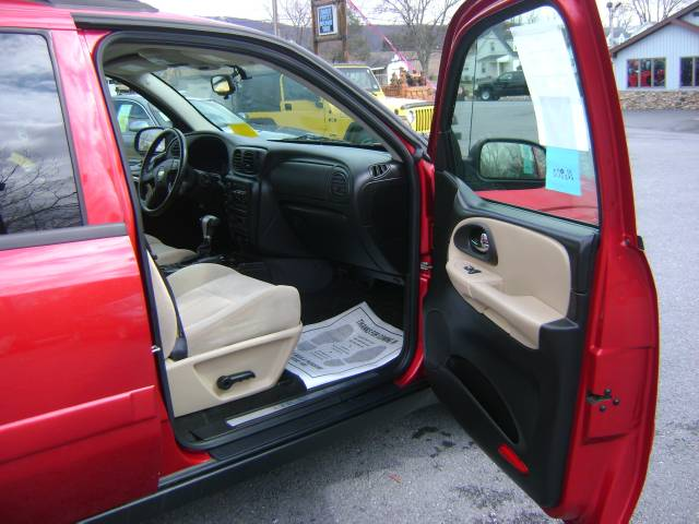 Image 17 of 2005 Chevrolet TrailBlazer…