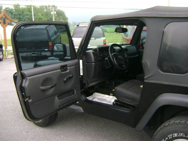 Image 35 of 2005 Jeep Wrangler Sport…