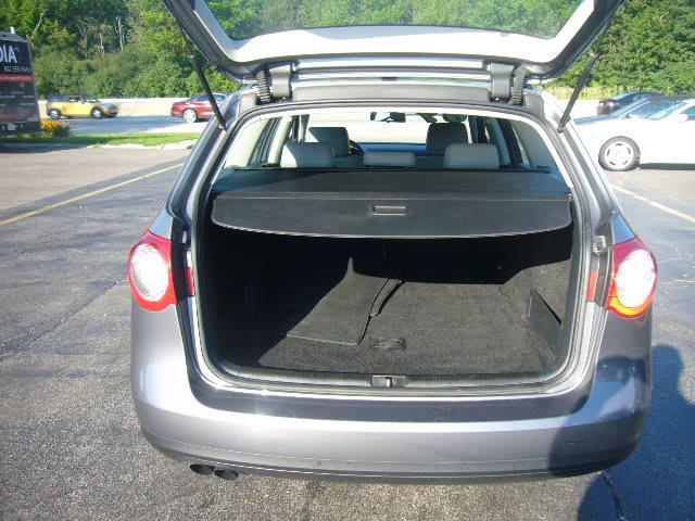 Image 5 of 2007 Volkswagen Passat…