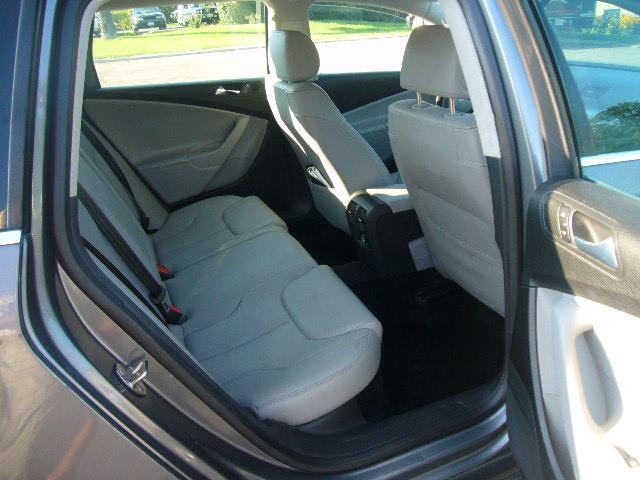 Image 8 of 2007 Volkswagen Passat…