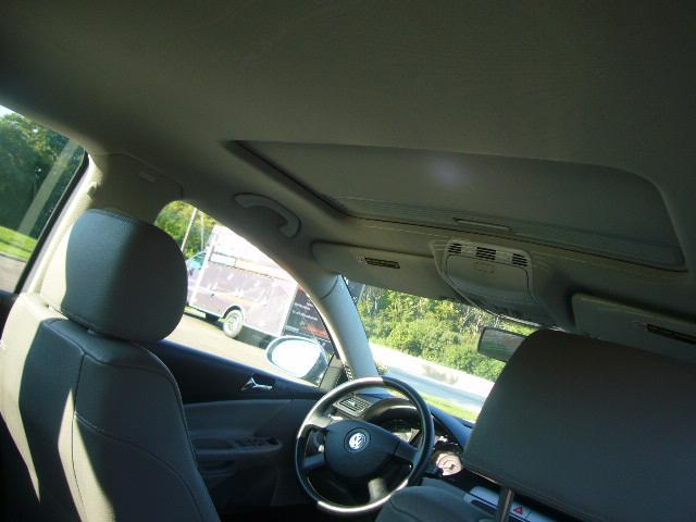 Image 9 of 2007 Volkswagen Passat…