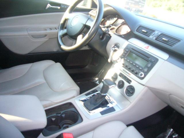 Image 11 of 2007 Volkswagen Passat…