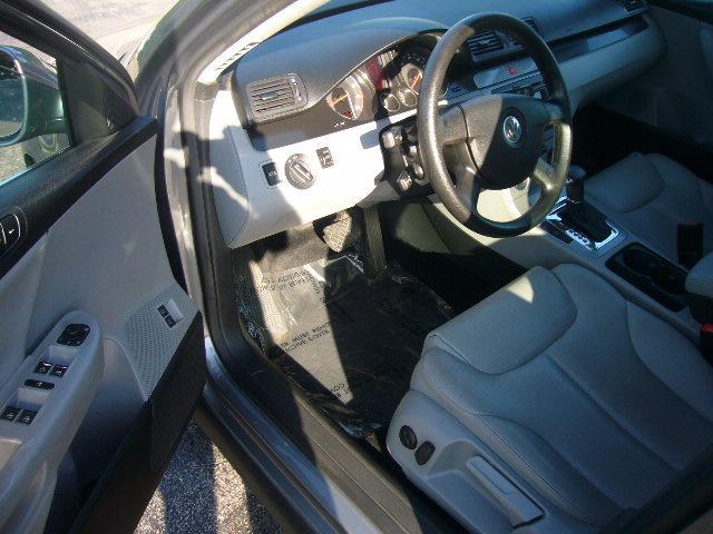 Image 19 of 2007 Volkswagen Passat…