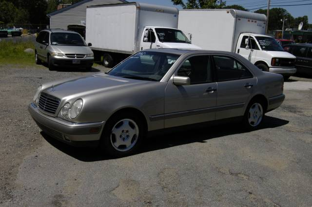 Used 1997 mercedes benz e class for sale 9 rockingham for Mercedes benz dealers in nh