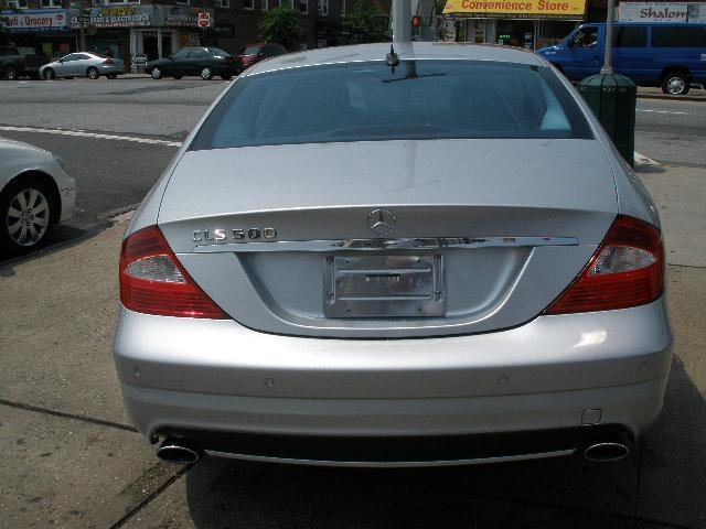 2006 mercedes benz cls class 211 02 jamaica ave queens for Mercedes benz cls550 for sale by owner