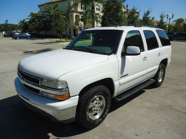 2002 CHEVROLET TAHOE 2WD white all electrical and optional equipment on this vehicle have been che