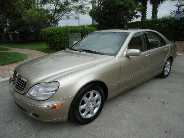 2000 MERCEDES-BENZ S-CLASS S500 champgne all electrical and optional equipment on this vehicle hav