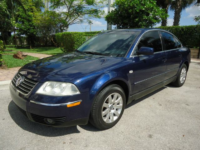 2002 VOLKSWAGEN PASSAT GLS blue metallic all electrical and optional equipment on this vehicle hav