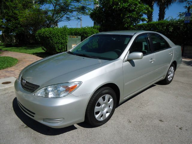 2002 TOYOTA CAMRY LE silver metallic all electrical and optional equipment on this vehicle have be